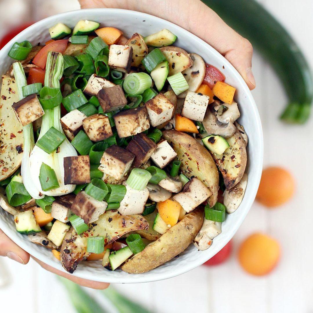 sommerlich fruchtiger tofu salat