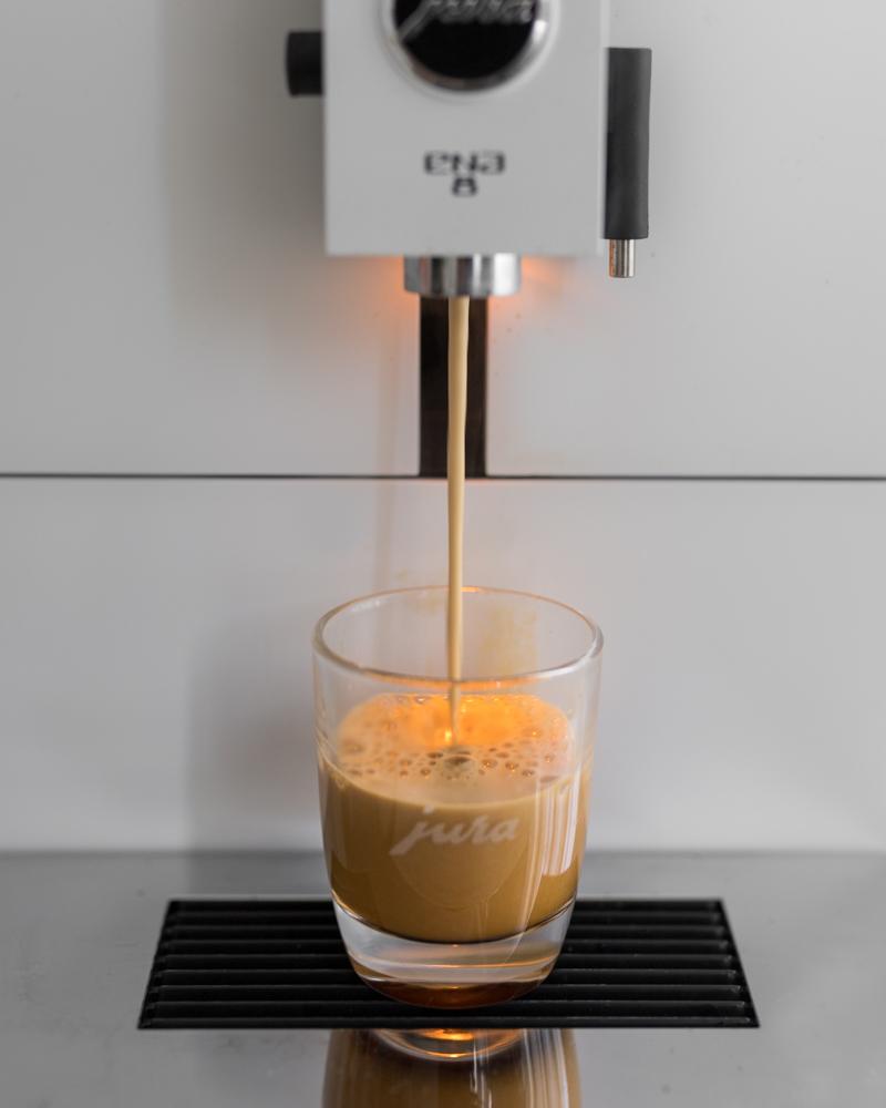 Eiskaffee mit Jura